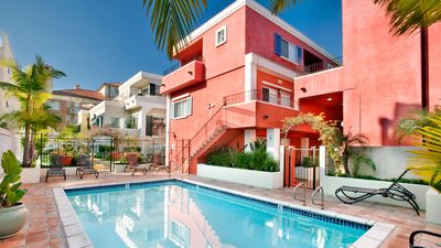 Photo for Onsite Mgmt, Housekeeping, Free Parking and Pool