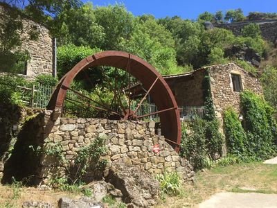Photo for Independent studio on property of 3 hectares with swimming pool in green Ardèche