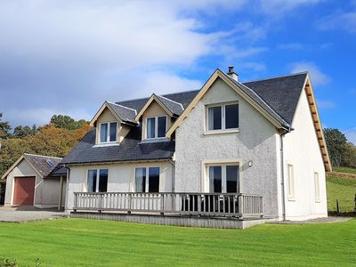 Photo for Kenmore Villa, shore front location on Loch Fyne, sleeps 8