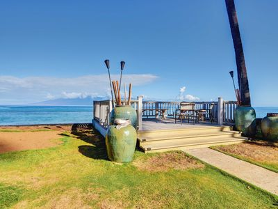Photo for Lahaina Condo w/ Pool Access - Steps to Ocean!