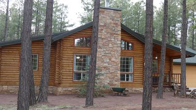 Photo for Rustic retreat in the ponderosa pines of northern Arizona