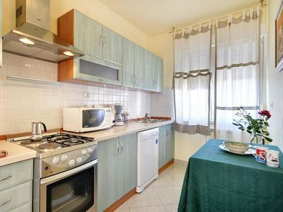 Photo for Apartment in the center of Medulin with Parking, Internet, Washing machine, Air conditioning (675521)
