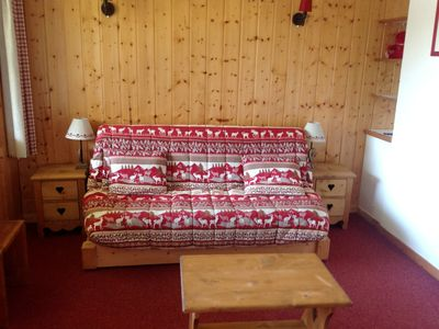 Photo for Skis on the trail of Altispace; ESF ski school nearby, sleeps 6