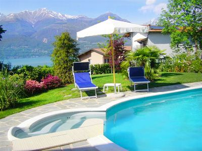 Photo for Fiori garden apartment with pool