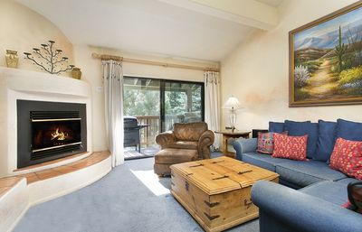 Photo for 2 Bdrm  plus  Loft, 2 Bath right at the Lifts - Central Hot Tub, Washer/Dryer in Unit