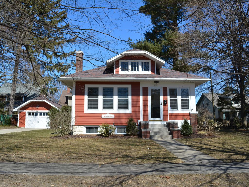 the collingwood the collingwood cottage of south haven 788919 rh homeaway co uk Small Cottages south haven mi cottage rentals