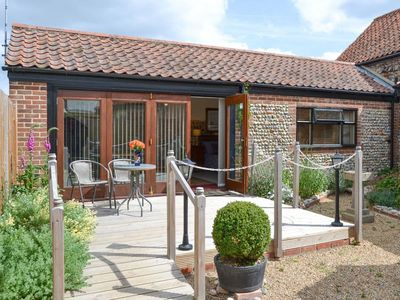 Photo for 1 bedroom accommodation in Lessingham, near Stalham