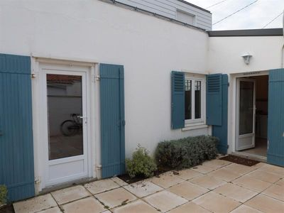 Photo for Nice and quiet holiday home in La Faute Sur Mer