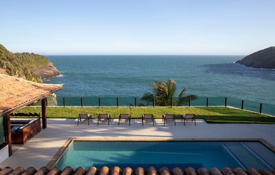 Photo for Beautiful house with nine suites, with unique view to the high sea