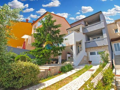 Photo for Apartment 1366/15971 (Istria - Pula), Family holiday, 1500m from the beach