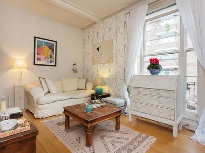 Photo for A gorgeous 1 bed apartment in a beautiful central London location (Veeve)