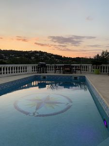 Photo for Top of villa with swimming pool and private boules