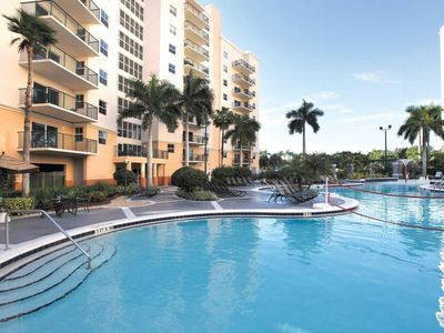 Photo for Family-Friendly Condo w/ Private Balcony, 4 Resort Pools & Nearby River Beach