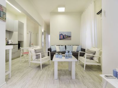 Photo for Cozy Apartment Nekkar in Tel Aviv, with 2 bedrooms, it can sleep 6 guests