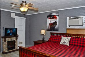 Photo for 1BR Cabin Vacation Rental in Clifton, Texas