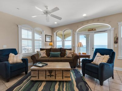 Photo for Spacious Gulf Front Condo with Spectacular Views!! Free seasonal beach chairs