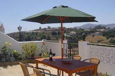 Chill out in Casa Chillout. Relax with great views and walk to Nerja centre,
