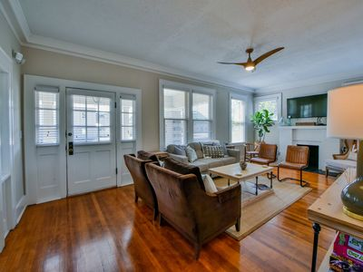 Alabama Charm - Only 1 Mile From The Stadium!!  Book May Graduation!