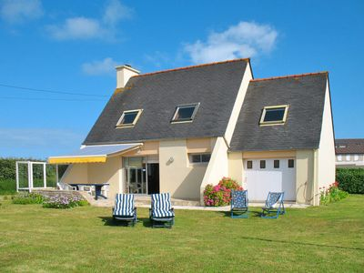 Photo for 3 bedroom Villa, sleeps 6 in Saint-Égarec