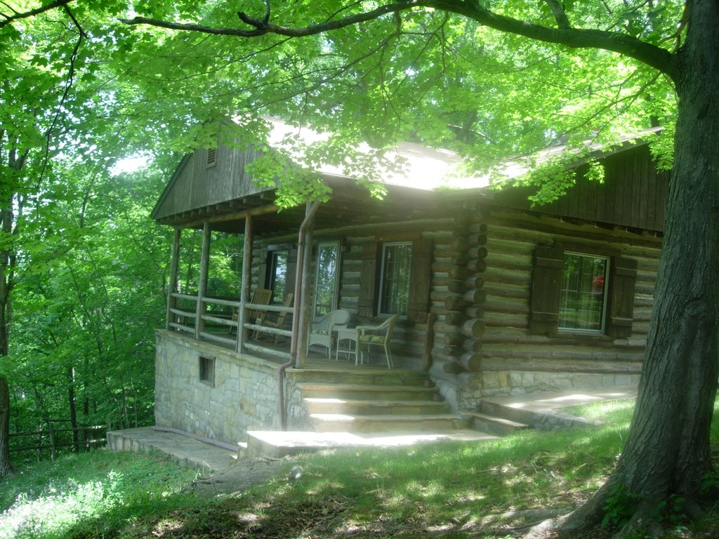Log Cabin With A Spectacular View Of The Shenandoah River