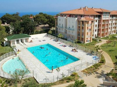 Photo for STANDING APPARTMENT, 4 PEOPLE, SWIMMING POOL, PRIVATE PARKING, TERRACE, QUIET AREA
