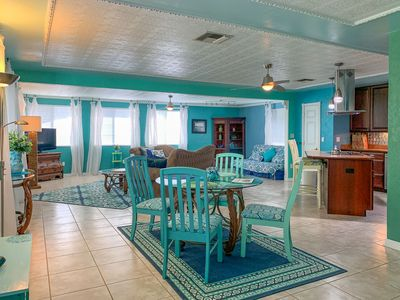 Photo for Jungle Treehouse, 1 BR, 1.5 BA, Beautiful open floor plan. Updated kitchen