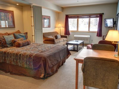 Photo for Studio condo at Gateway Lodge.  Perfect for a Ski Getaway Weekend!
