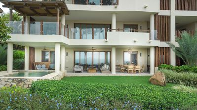 Photo for Terraza L2 · Ultra Luxury Condo *Guacalito *DayPass Included*Pool *Housekeeping