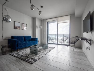 Photo for 4008-698 · Chic High-Rise 1 BR w/ 5 Star Amenities | Downtown