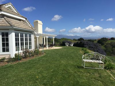 Epic Hilltop Estate on 7 Acres, Luxury 6 Bedroom w/ Amazing Views Near Wineries
