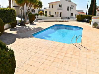 Photo for 3 Bed Detached Villa - 5 Mins from Coral Bay Beaches & Restaurants - Pool - Wifi