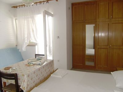 Photo for Apartment in the center of Novalja with Air conditioning, Terrace (14055)