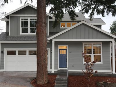 Photo for Downtown Family Home Near Park - Walking to downtown Hood River
