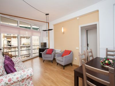 Photo for 3 bedroom Apartment, sleeps 5 in Barcelona with WiFi