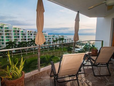 Photo for Beautiful 6th Floor Ocean View Condo With 2 Beds and 2 Baths, Luxury Remodel