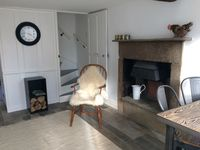 Lovely cottage. Warm cozy and clean. Had everything we needed and great location.