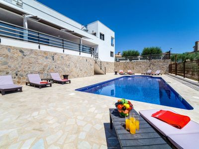 Photo for Vacation home Parabellum  in L'Ampolla, Costa Daurada - 10 persons, 4 bedrooms