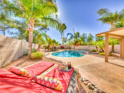 Photo for Walking distance to Kierland w/ a private pool & putting green