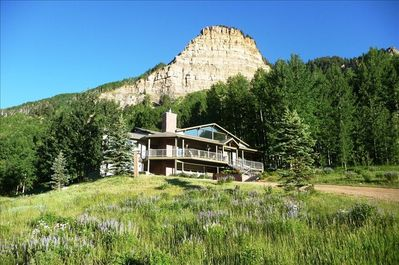 Needle Mountain Chalet is nestled near the Hermosa Cliffs off of Highway 550.