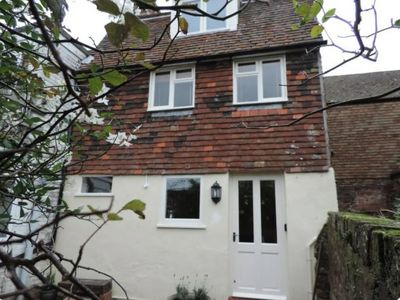 Photo for Immaculate period cottage with secluded courtyard garden in the heart of Rye.