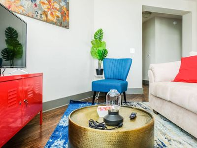 Photo for UPTOWN 2BR APT - STAY IN THE CENTER OF THE ACTION!