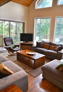 Open, spacious main living room with views!