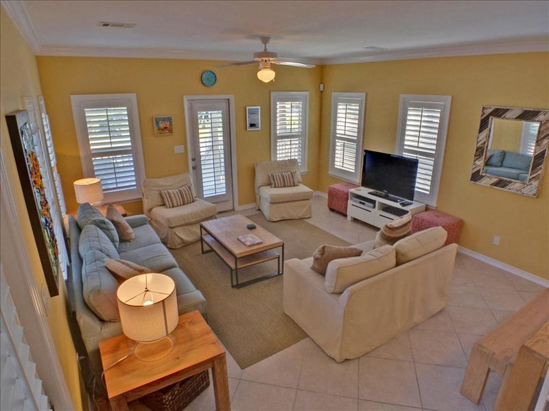 ... Santa Rosa Beach, Florida. Blue Lagoon. Living Room