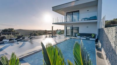 Photo for Family friendly Luxury Villa With Private Pool and stunning view