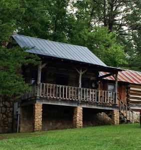 Photo for The Robinette at Pioneer Meadow Cabins - Antique Log Cabin