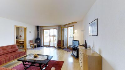Photo for Bright and quiet 2½-room apartment on the ground floor, 70m2, facing east.