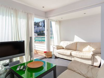 Photo for Beautiful apartment for 8 guests with WIFI and balcony