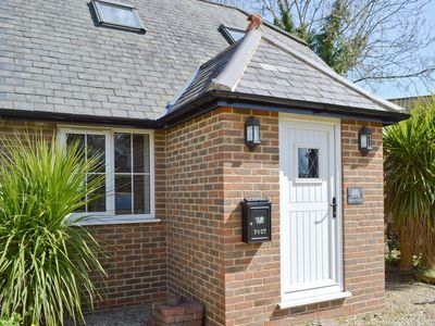 Photo for 1 bedroom property in Ashford. Pet friendly.
