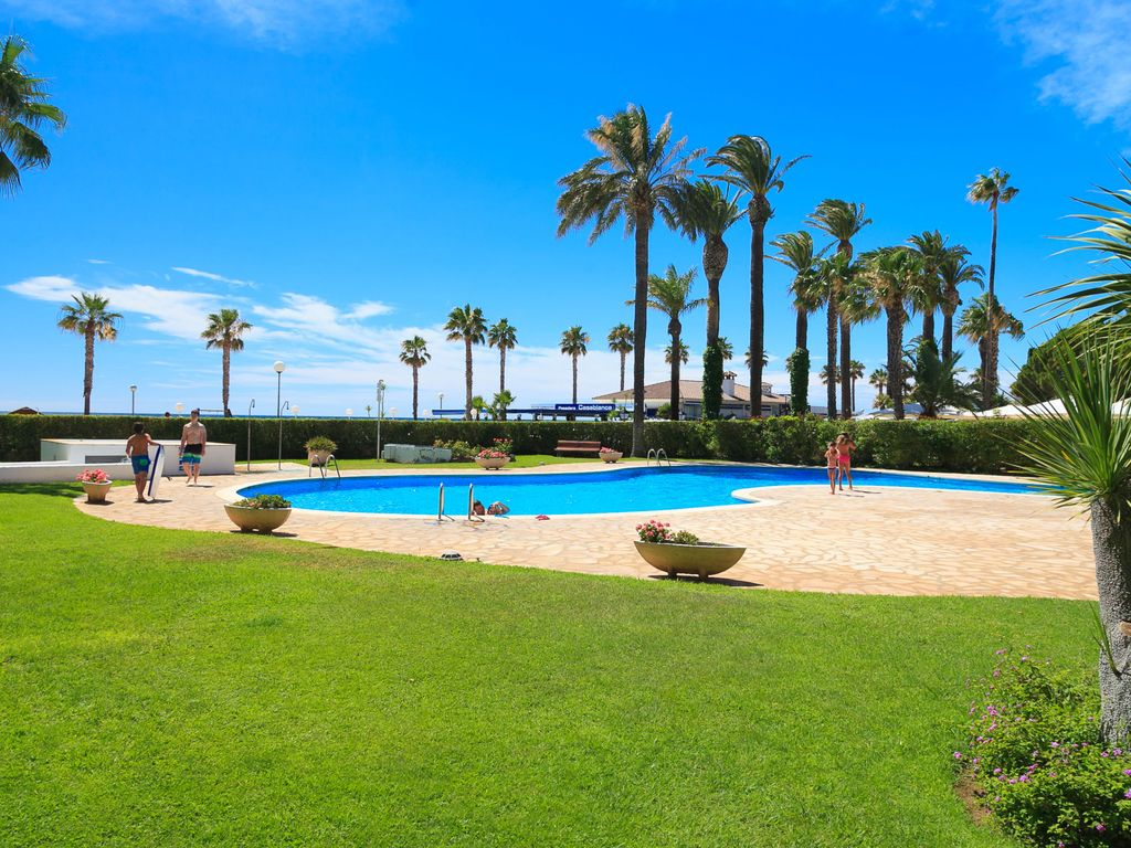 GREAT BEACHFRONT APARTMENT WITH INCREDIBLE SEA VIEWS M205-258 LOS ...