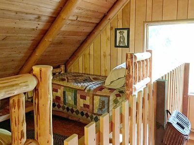 Photo for Vacation home 17MBR Rustic Family Cabin in Mount Baker/Glacier - 8 persons, 3 bedrooms